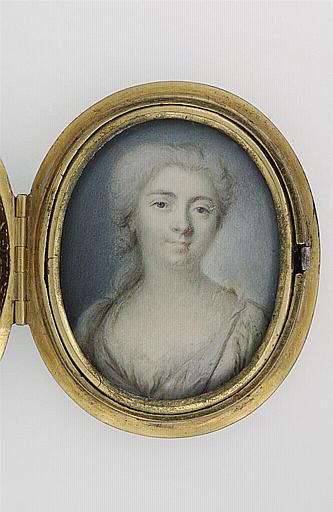 anonyme : Portrait de jeune femme, en buste, les cheveux poudrés