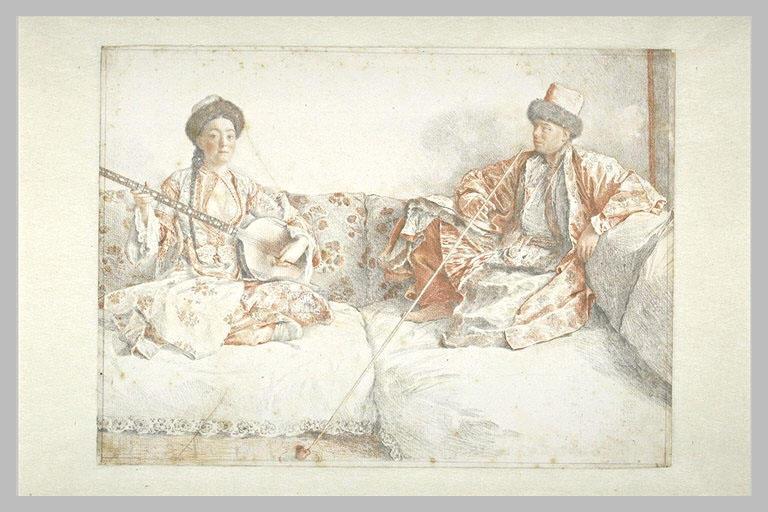 Jeune tatare jouant du tamboura et homme fumant assis sur un divan_0