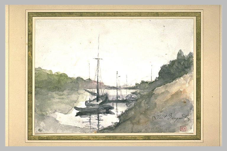 Petite rivière encaissée avec bateaux au mouillage_0