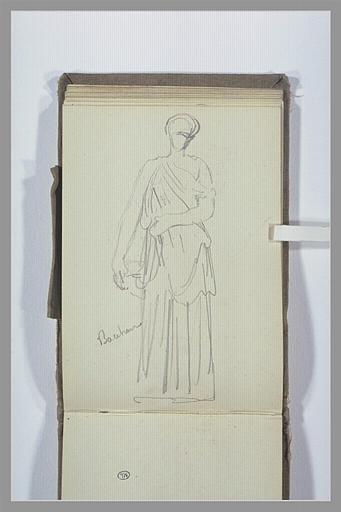 Une femme, debout, drapée