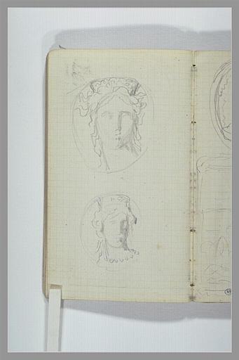 Deux têtes de femmes en médaillon