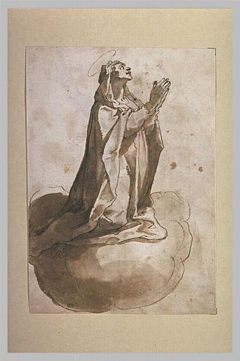 La Vierge à genoux sur des nuages, les yeux levés au ciel, priant