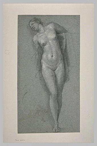 Femme nue, debout, les bras derrière le dos, la tête inclinée à gauche
