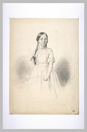 Portrait d'une petite fille tenant un cerceau