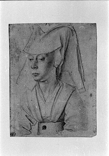 Portrait de femme à mi-corps coiffée d'un hennin, de trois quarts à gauche