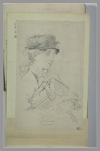 Jeune femme vue à mi-corps, de trois quarts à droite, coiffée d'un chapeau