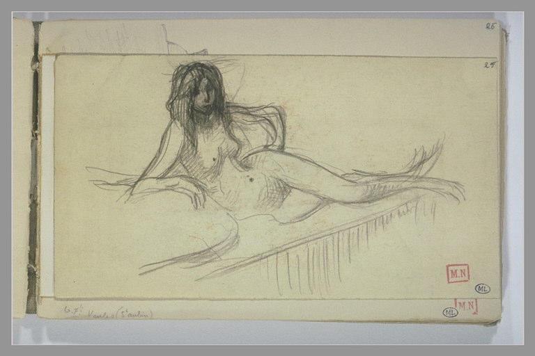 Femme nue étendue sur le flanc droit, sur un lit, s'appuyant sur le coude
