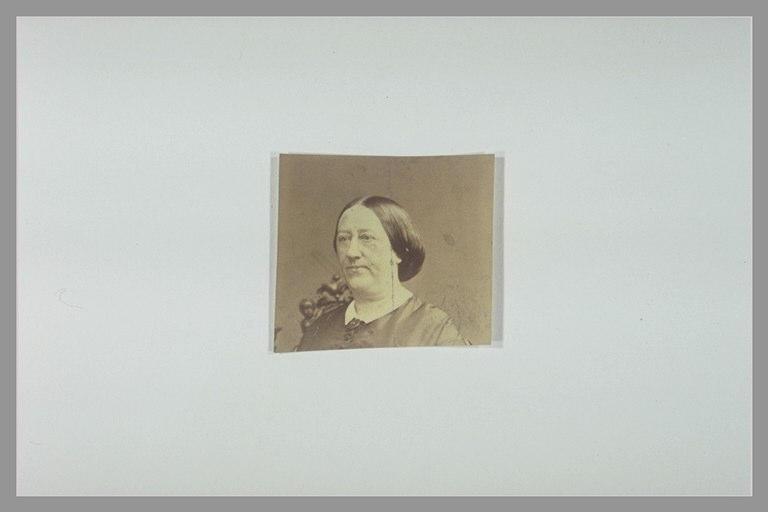 anonyme : Portrait d'un femme, vue en buste