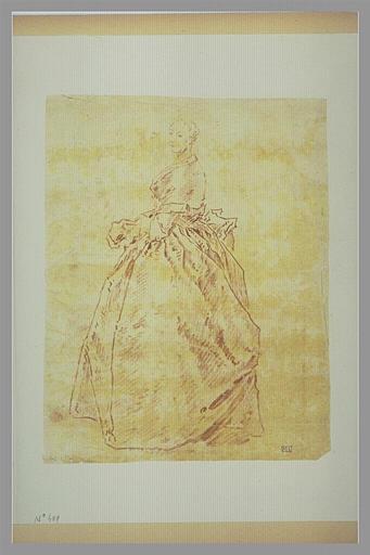 anonyme : Femme vêtue d'une robe, debout, de profil vers la gauche, tournant la tête