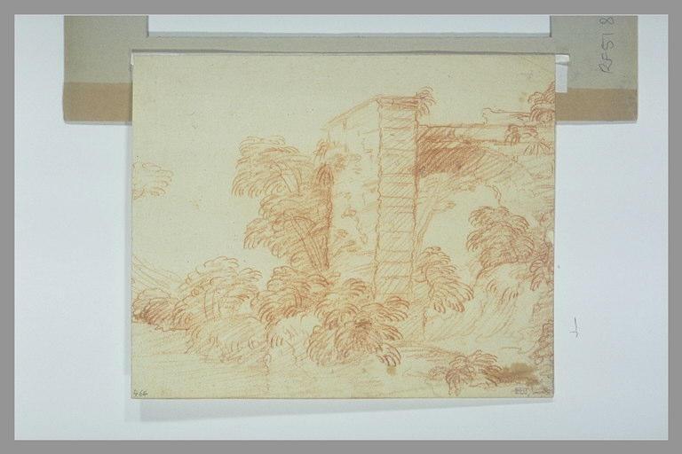 Paysage avec un mur et une arcature