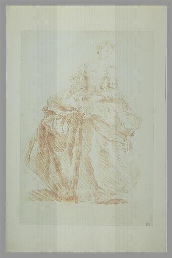 Jeune femme, debout, de face, regardant vers la droite