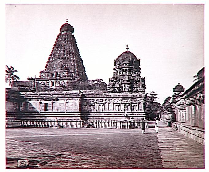 Vue du grand temple de Tanjore (Tamil Nadu)_0