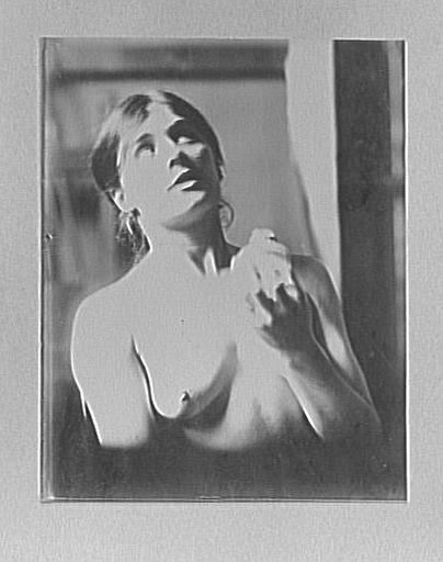Modèle féminin dans l'atelier de Gustave Moreau
