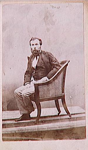 Portrait de Gustave Moreau assis dans un fauteuil (août 1874)_0