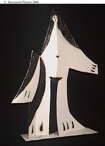 Femme aux bras écartés_0