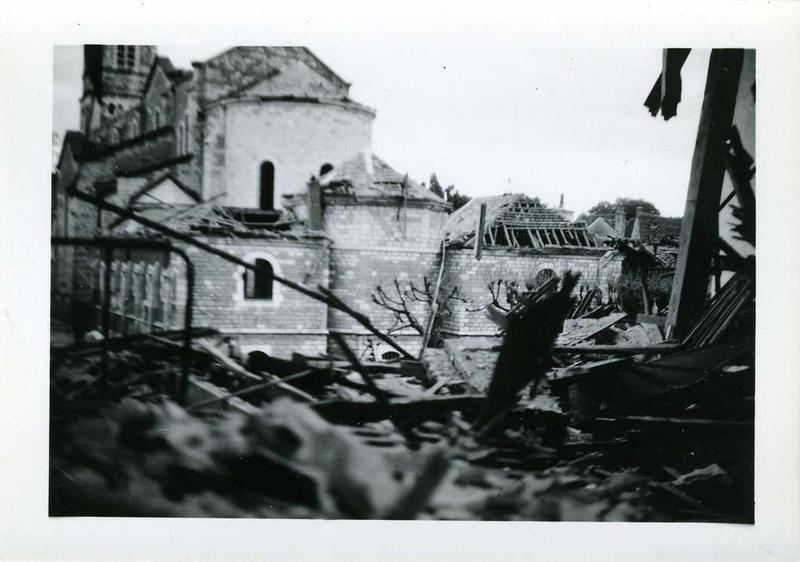 Nuits / 1944 / Pont Brück / et abside de l'église (titre inscrit)_0