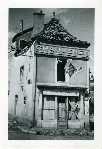 Nuits / 1944 / coin gde Rue / quai Fleury (titre inscrit)_0