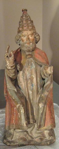 Saint Pierre assis et bénissant
