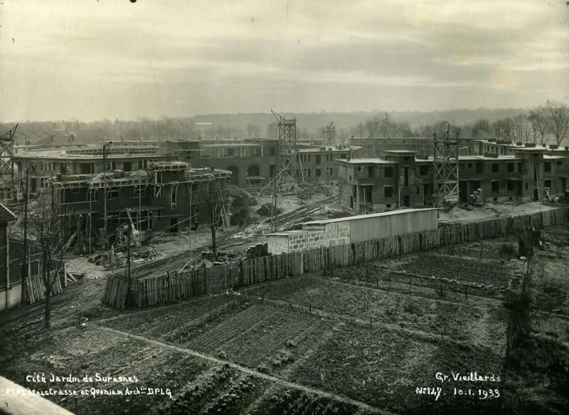 Vue de la cité-jardins en construction - Résidence de personnes âgées Locarno (Titre fictif)_0