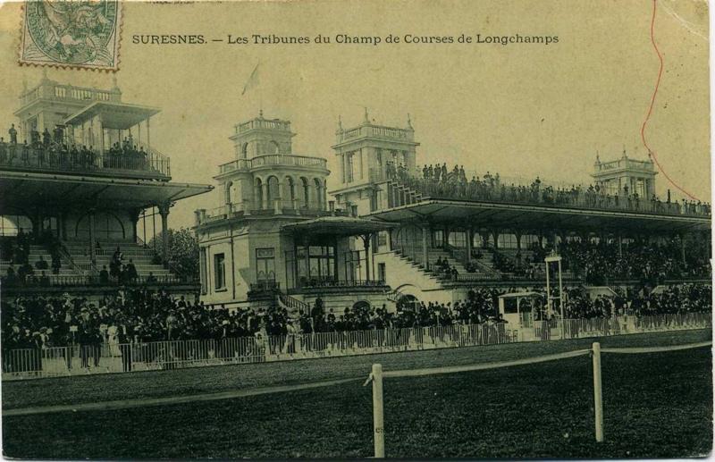 SURESNES - Les Tribunes du Champ de Courses de Longchamps