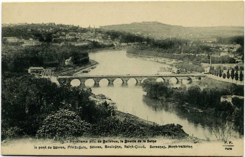 F (éditeur), anonyme (photographe) : Panoramma pris de Bellevue, la Boucle de la Seine, le pont de Sèvres, l'île Seguin, Sèvres, Boulogne, Saint-Cloud, Suresnes, Mont-Valérien