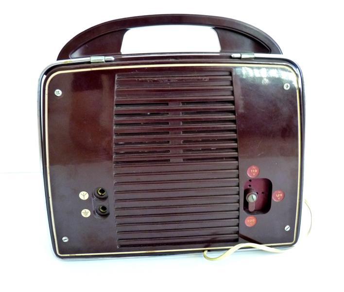 RADIOLA (société), LA RADIOTECHNIQUE (fabricant) : poste de radio