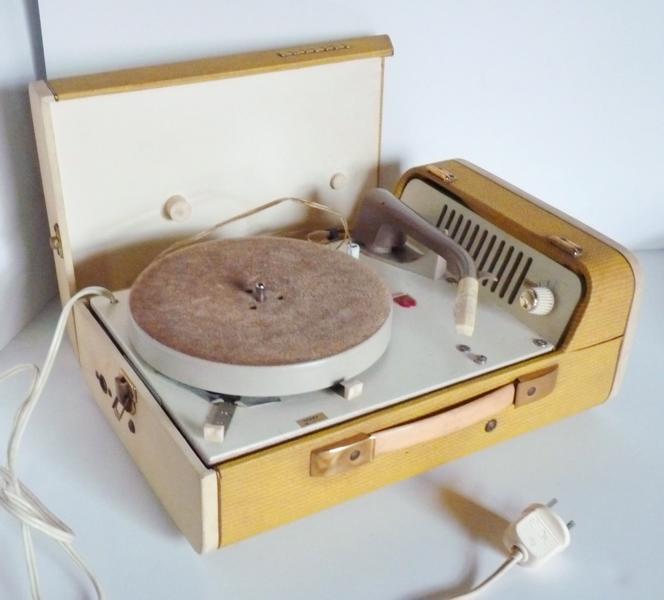 PHILIPS (société), LA RADIOTECHNIQUE (fabricant) : Electrophone Philips