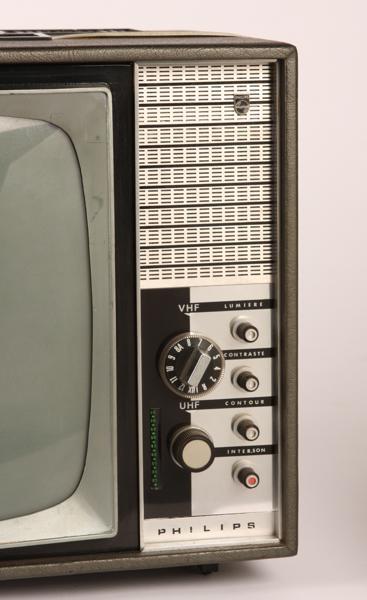 PHILIPS (société), LA RADIOTECHNIQUE (fabricant) : Téléviseur portable Philips