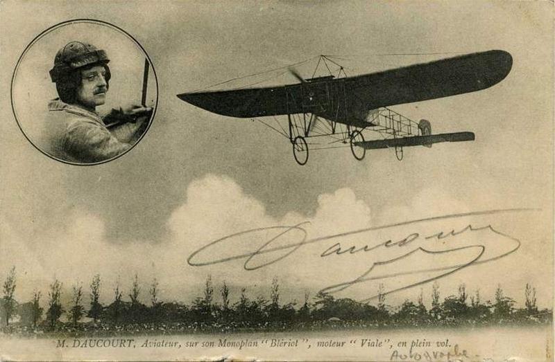 M. Daucourt, Aviateur, sur son Monoplan 'Blériot'