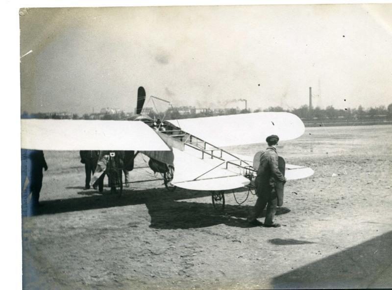 anonyme (photographe) : Monoplan Blériot nouveau type de course