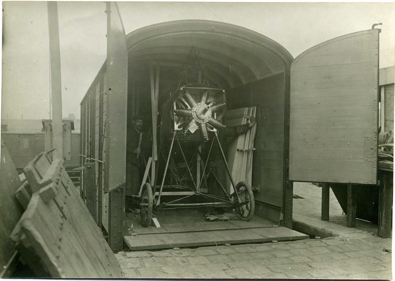 Transport aéroplane Blériot par chemin de fer_0