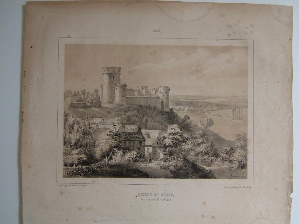 Ruines de Coucy (Aisne) vue prise de la porte de Laon_0