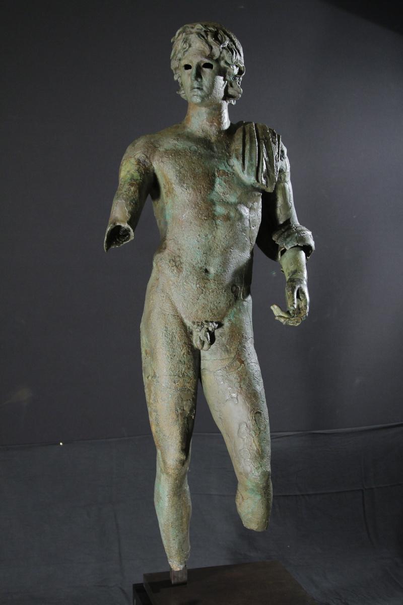 L'Ephèbe d'Agde (titre d'usage) ; l'Alexandre d'Agde