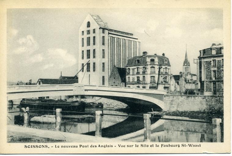 Soissons - Le nouveau pont des anglais - Vue sur le silo et le faubourg Saint-Waast_0