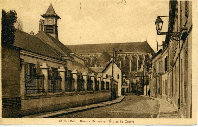 Soissons - Rue de Deflandre - Ecole du centre_0