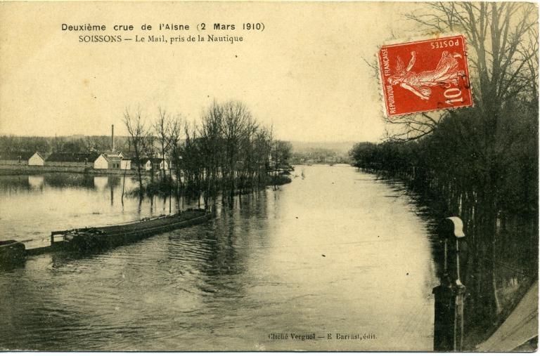 Soissons - Deuxième crue de l'Aisne (2 mars 1910) - Le mail, pris de la nautique_0