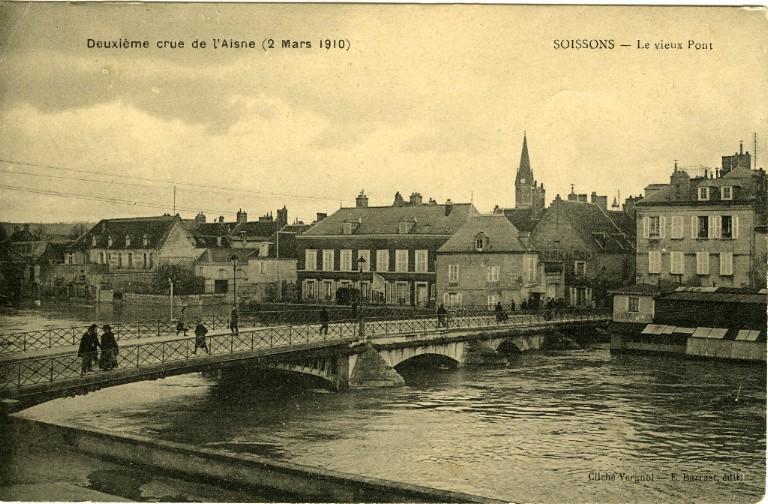 Soissons - Deuxième crue de l'Aisne (2 mars 1910) - Le vieux pont_0