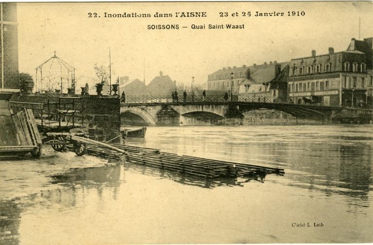 Soissons - Inondations dans l'Aisne - 23 et 24 janvier 1910 - Quai Saint-Waast_0