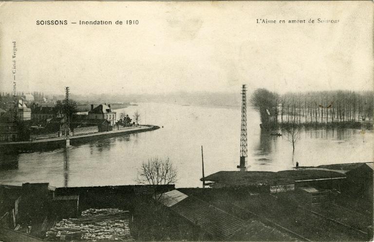 Soissons - Inondation de 1910 - L'Aisne en amont de Soissons_0