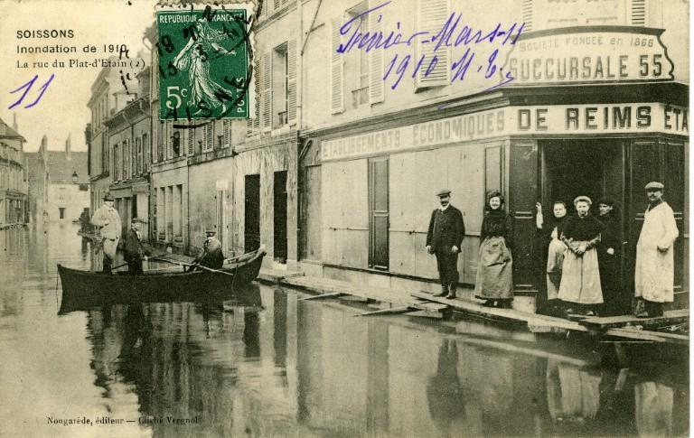 Soissons - Inondation de 1910 - La rue du plat d'Étain_0
