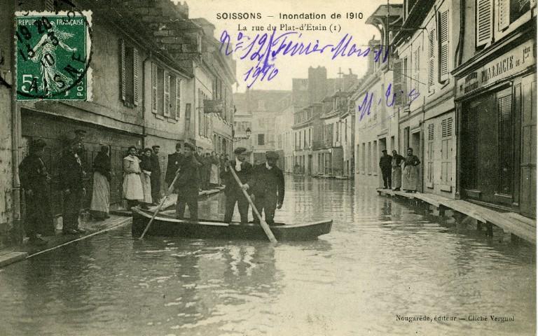 Soissons - Inondation 1910 - La rue du plat d'Étain