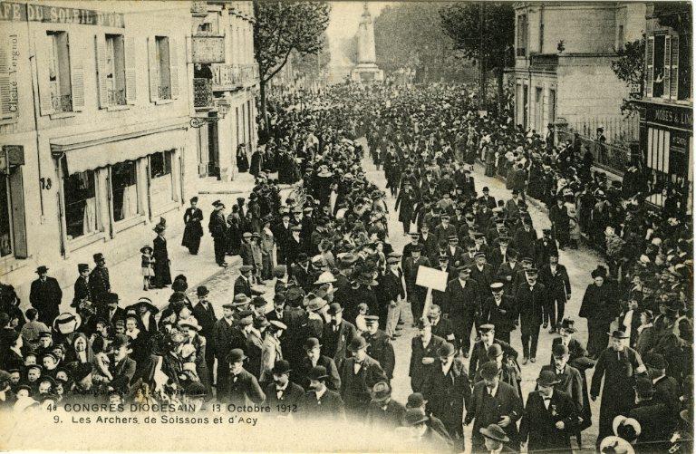Soissons - Congrés diocésain - 13 octobre 1912 - Les archers de Soissons et d'Acy_0