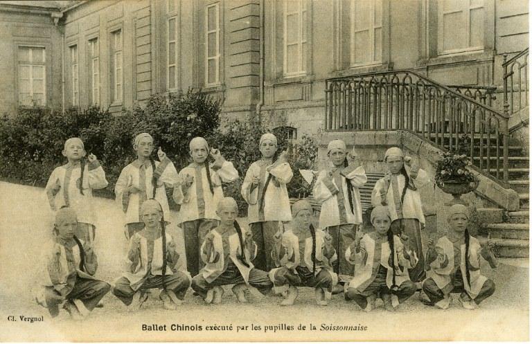 Soissons -Ballet chinois éxécuté par les pupilles de la soissonnaise_0