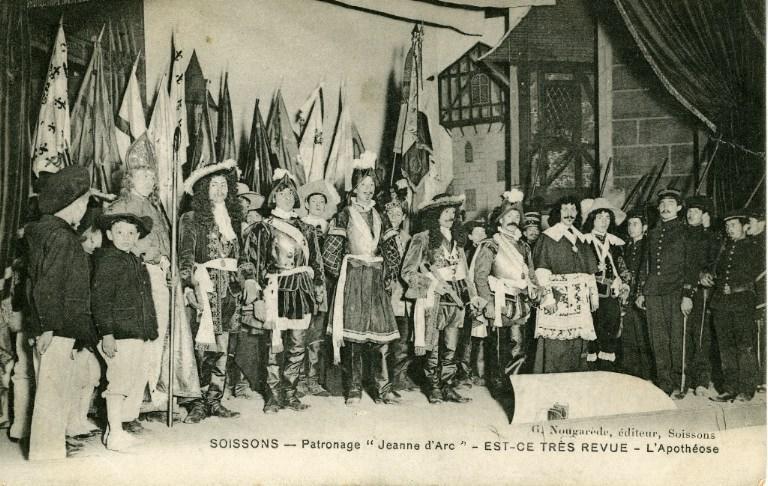 Patronage ' Jeanne d'Arc' - Soissons - Est-ce trés revue - L'Apothéose_0