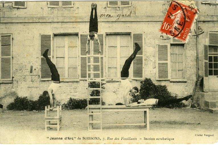 'Jeanne d'Arc' de Soissons - Section acrobatique_0
