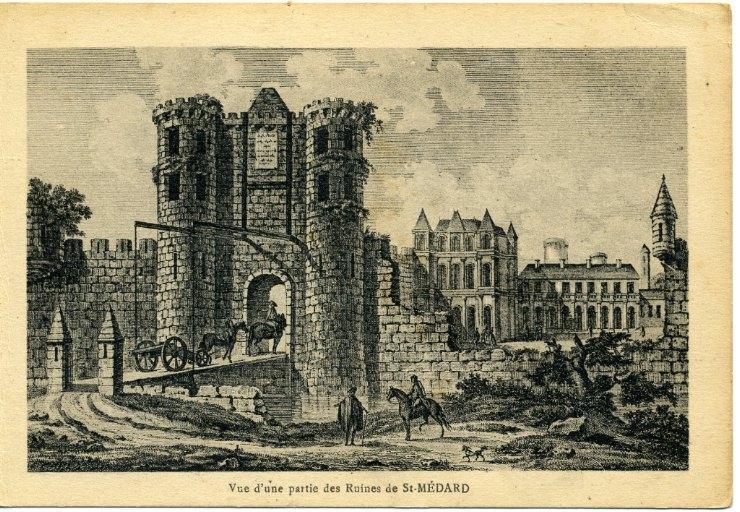 Soissons - Vue d'une partie des ruines de Saint-Médard_0