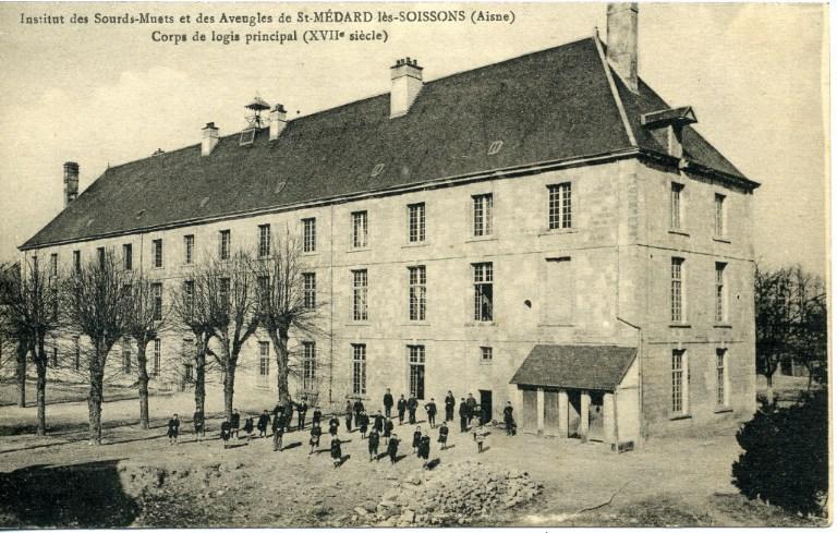 Institut des Sourds-Muets et des aveugles de Saint-Médard-les-Soissons (Aisne) - Corps de logis principal (XVIIe siècle)_0
