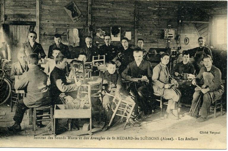 Institut des sourds-muets et des aveugles de Saint-Médard-les-Soissons (Aisne) -Les ateliers_0