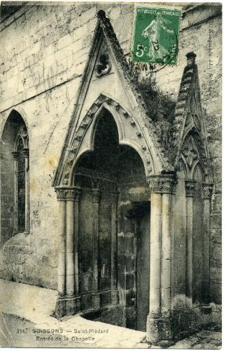 Soissons - Saint-Médard - Entrée de la chapelle_0