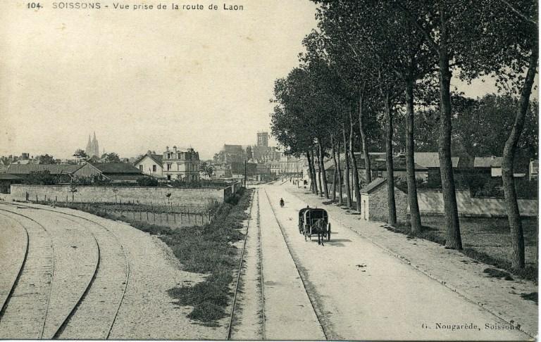 Soissons - Vue prise de la route de Laon_0